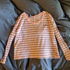 Volcom peach long sleeve slightly cropped tee